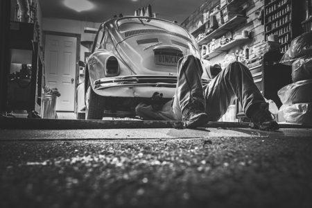 車,中古車,購入,買い替え,買う,選び方,チェックポイント,整備士,安い