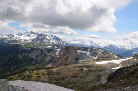 ウィスラーマウンテン,カナダ,ウィスラー,ハイキング,観光,ブログ,ワーキングホリデー,体験談