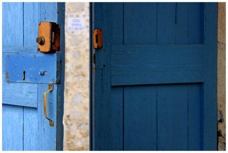 心を開く,心のドア